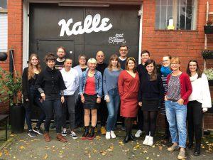 Team und Kreative feiern den Launch des YOGUT Start-ups